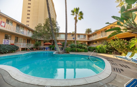 Welcome To Cal Mar Hotel Suites - Poolside View
